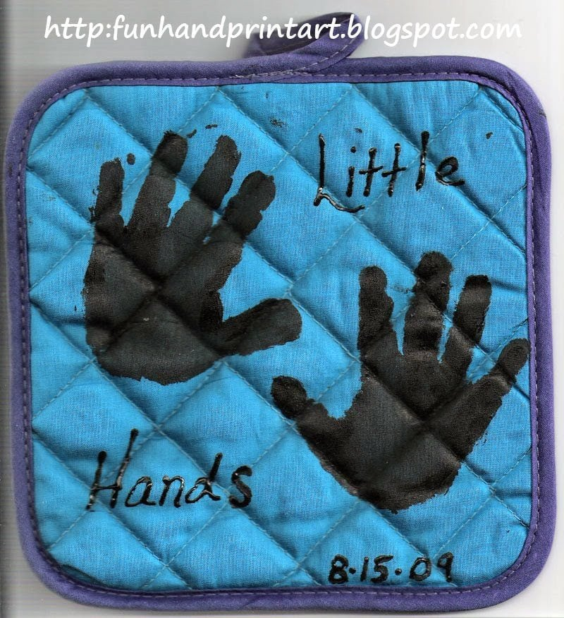 Handprint and footprint potholders fun handprint art for Mothers day painting crafts