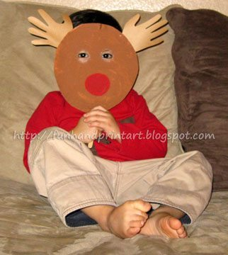 Paper Plate Rudolph Mask for Imaginative Play