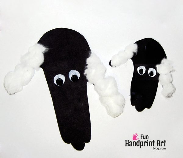 Mommy and Me Craft: Handprint Lambs or Sheep