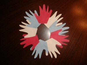 handprint 4th of July Wreath Idea for Kids