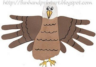 TRaced Hand & Foot American Eagle Craft Idea for 4th of July