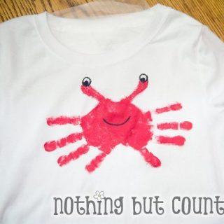 Super Cute Handprint Crabs {Round Up}