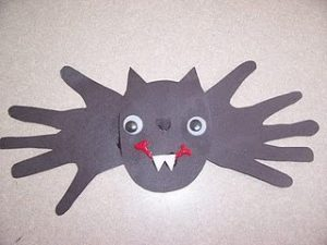 paper handprint bat craft - Halloween Bats Crafts