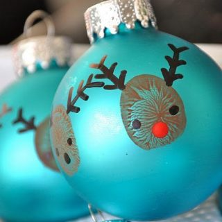 My Top 10 Favorite Christmas Crafts made with hands & feet from around the Web