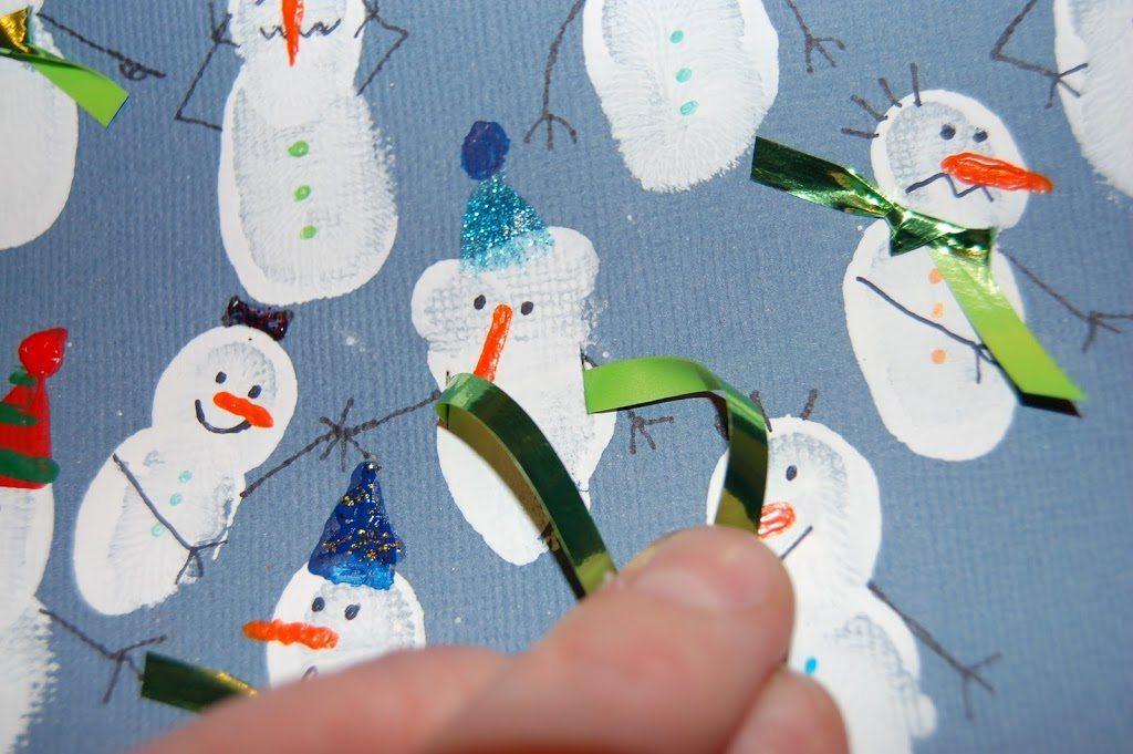 Making the Fingerprint Snowman Collage Craft