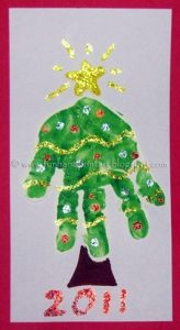 Pretty Handprint Christmas Tree