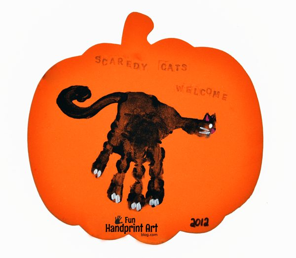Scaredy Cats Welcome Halloween  Black Cat Craft