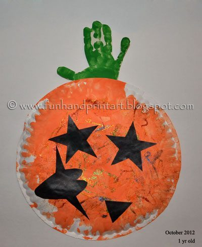 Handprint Pumpin Paper Plate Craft - Toddler Halloween Craft