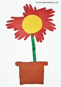 Flower Made From Traced Hands Preschool Craft