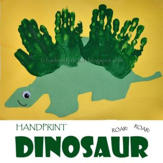 How to make a Handprint Dinosaur Craft with Preschoolers