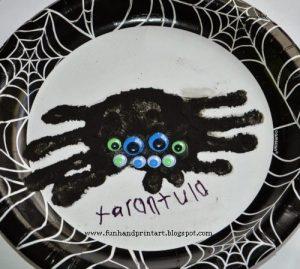 Handprint Tarantula #EEKologist