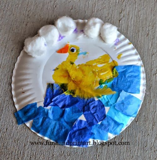 Handprint duck paper plate craft