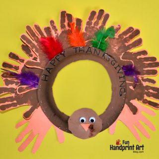 Handprint Turkey Thanksgiving Wreath {kids craft}