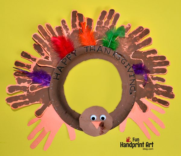 Handprint Turkey Thanksgiving Wreath Paper Plate Craft