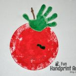 Paper Plate Apple Handprint Craft – Johnny Appleseed Day