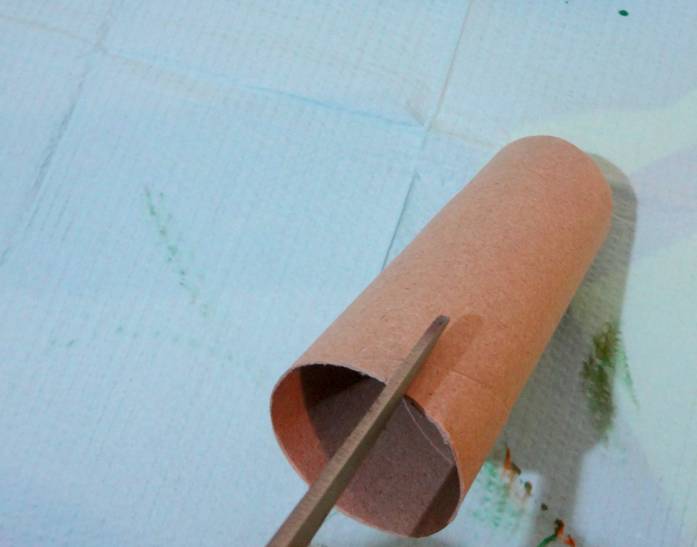 Cardboard tube craft fall fingerprint tree fun for Tissue tube crafts