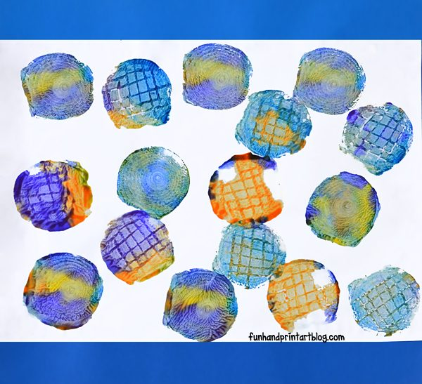 Stamping with Onions - Kids Art