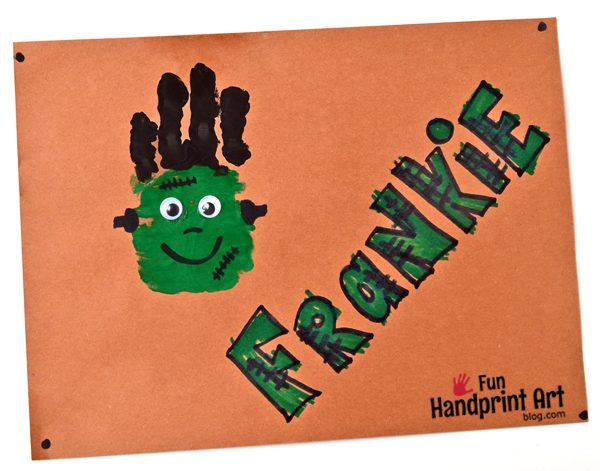 Frankenstein Handprint Craft for Halloween - super cute!