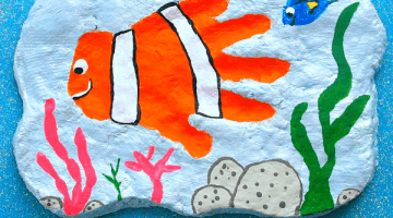 Awesome Nemo Handprint Plaque Tutorial