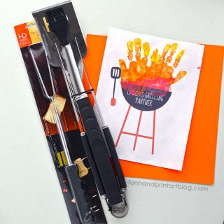 Kids Father's Day Gift Idea for the BBQ Loving Dad – Handprint Grill