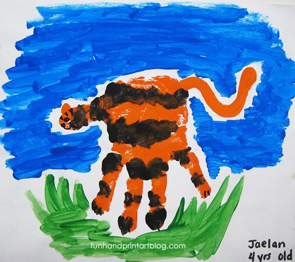 How to make a Tiger Handprint Craft