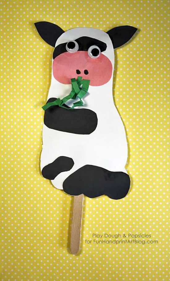DIY Popsicle Stick Puppets: Footprint Cow Craft