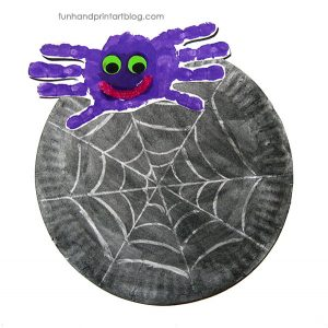Paper Plate Spider Web Watercolor-Glue Resist Art & Handprint Spider