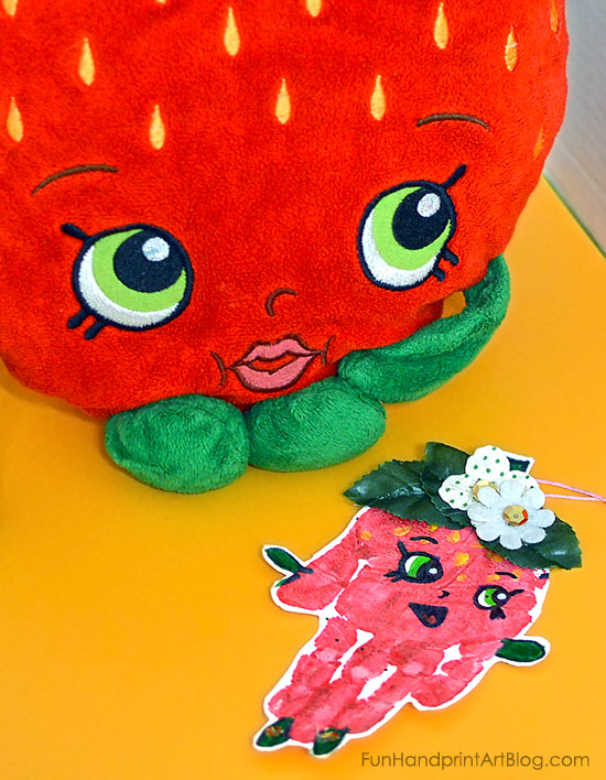 Strawberry Kiss Ornament Craft