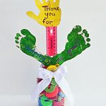 School Supplies Teacher Gift Idea - Thank You for Helping Me Grow Handprint Craft