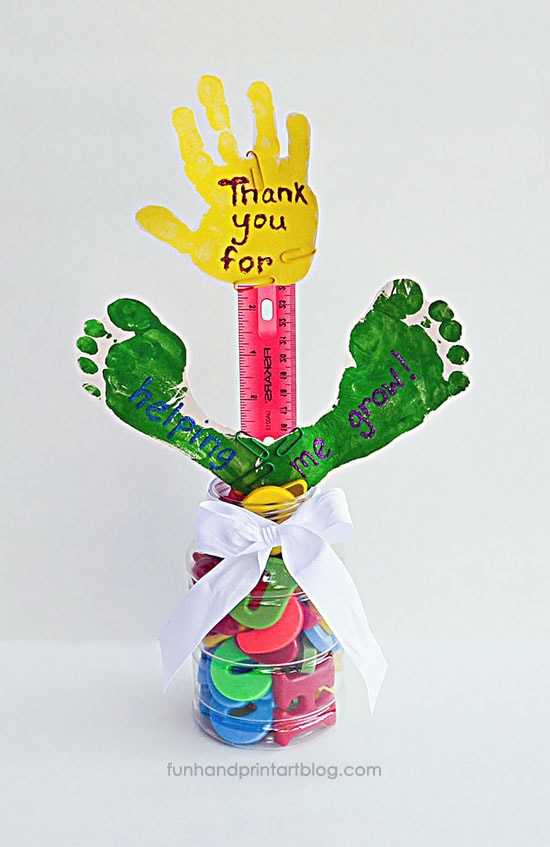 DIY Teacher Thank You Gift Using School Supplies - Thank You for Helping Me Grow Handprint Craft